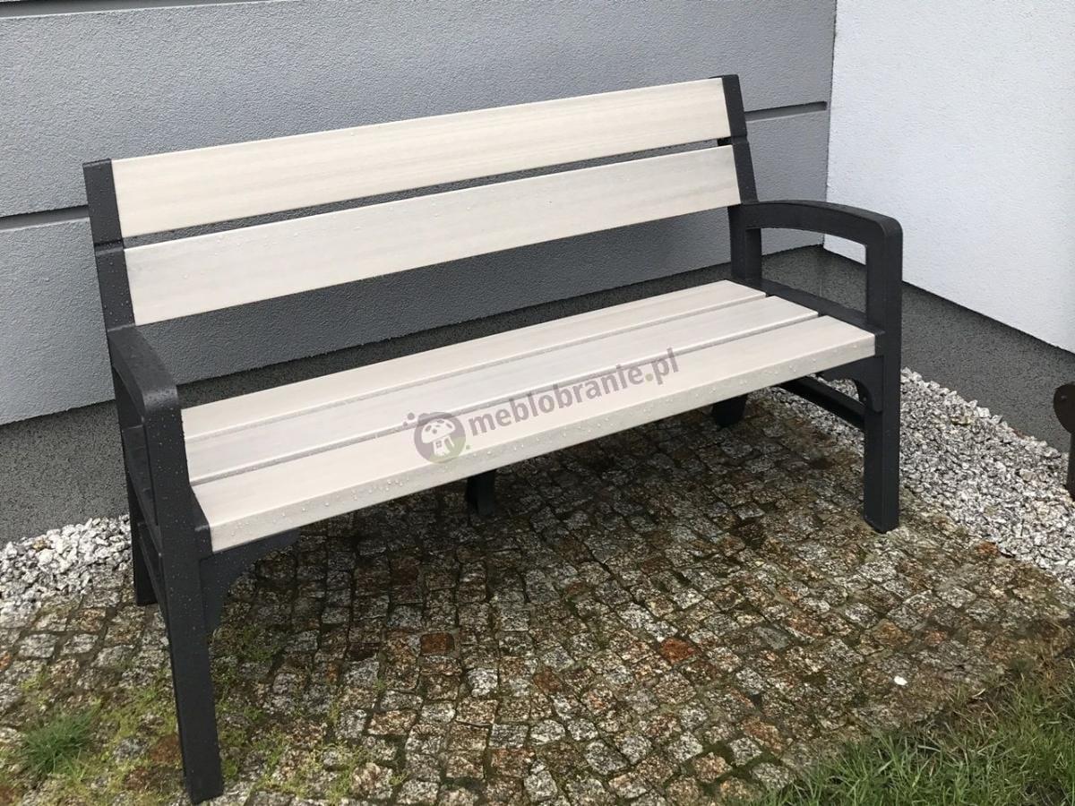 Bardzo ładna tania ławka ogrodowa z tworzywa Keter Montero