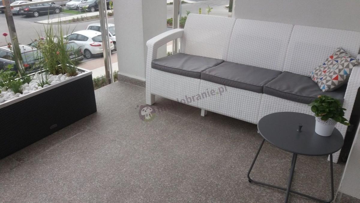 Biała sofa ogrodowa 3-osobowa Corfu Love Seat Max