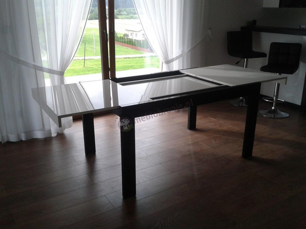 Biało-grafitowy stół rozkładany na wysoki połysk do salonu