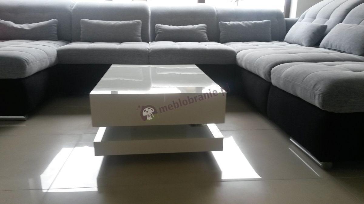 Biały stolik kawowy z blatem o szerokości 90 cm