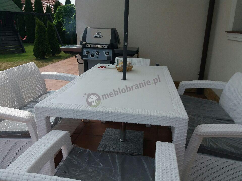 Corfu Imitujący Technorattan zestaw mebli w kolorze białym na taras
