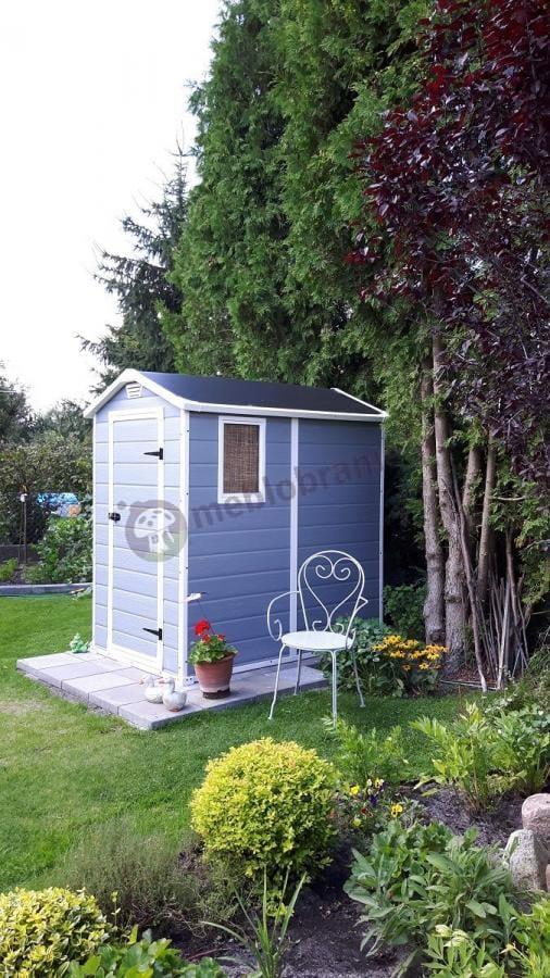 Domek do ogrodu Keter z pojemnym wnętrzem