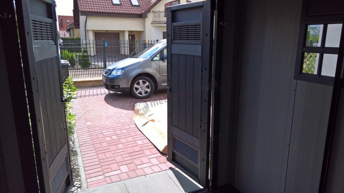 Domek narzędziowy Keter Oakland z podwójnymi drzwiami