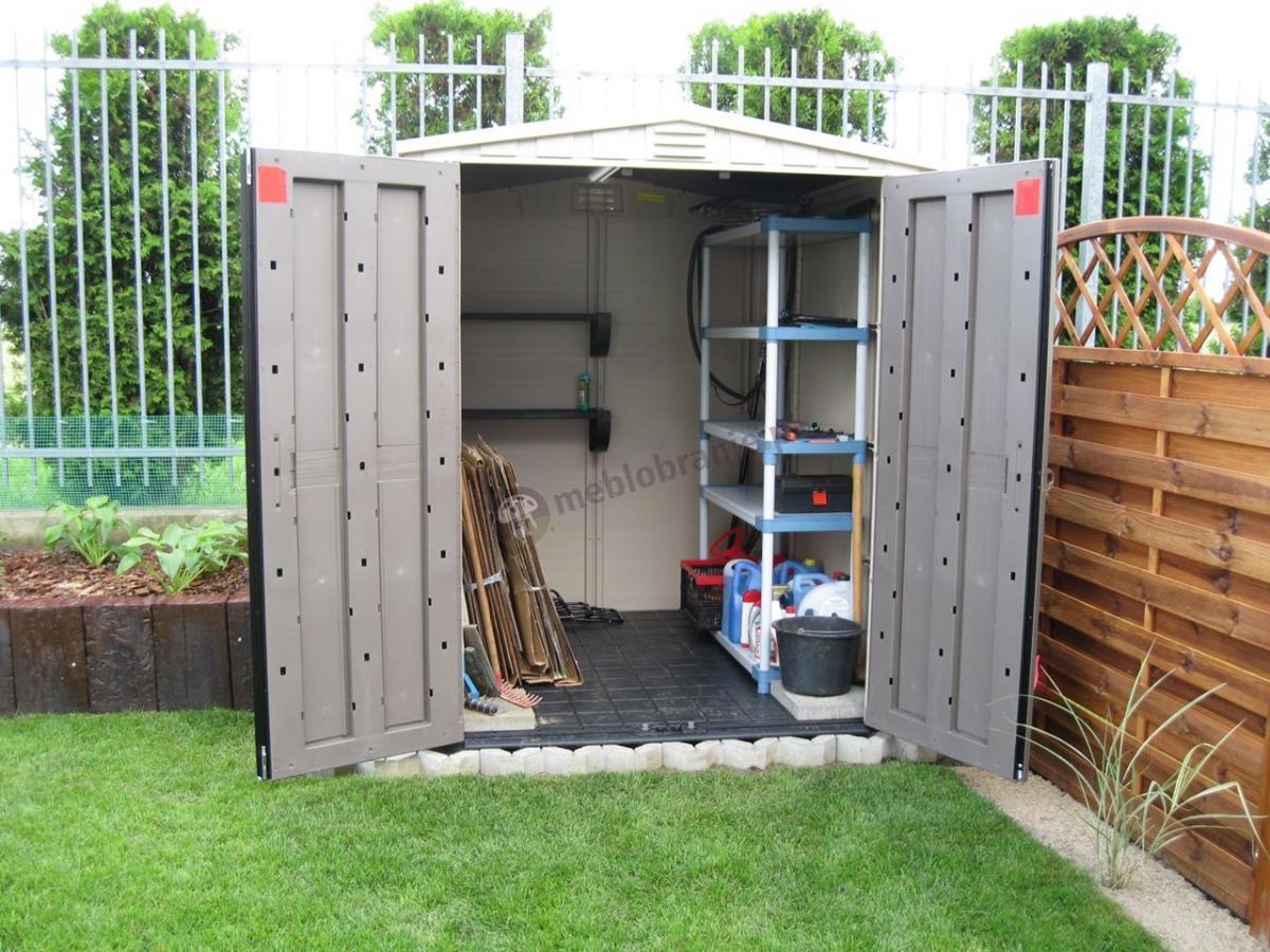 Domek ogrodowy Keter Factor z praktycznie urządzonym wnętrzem