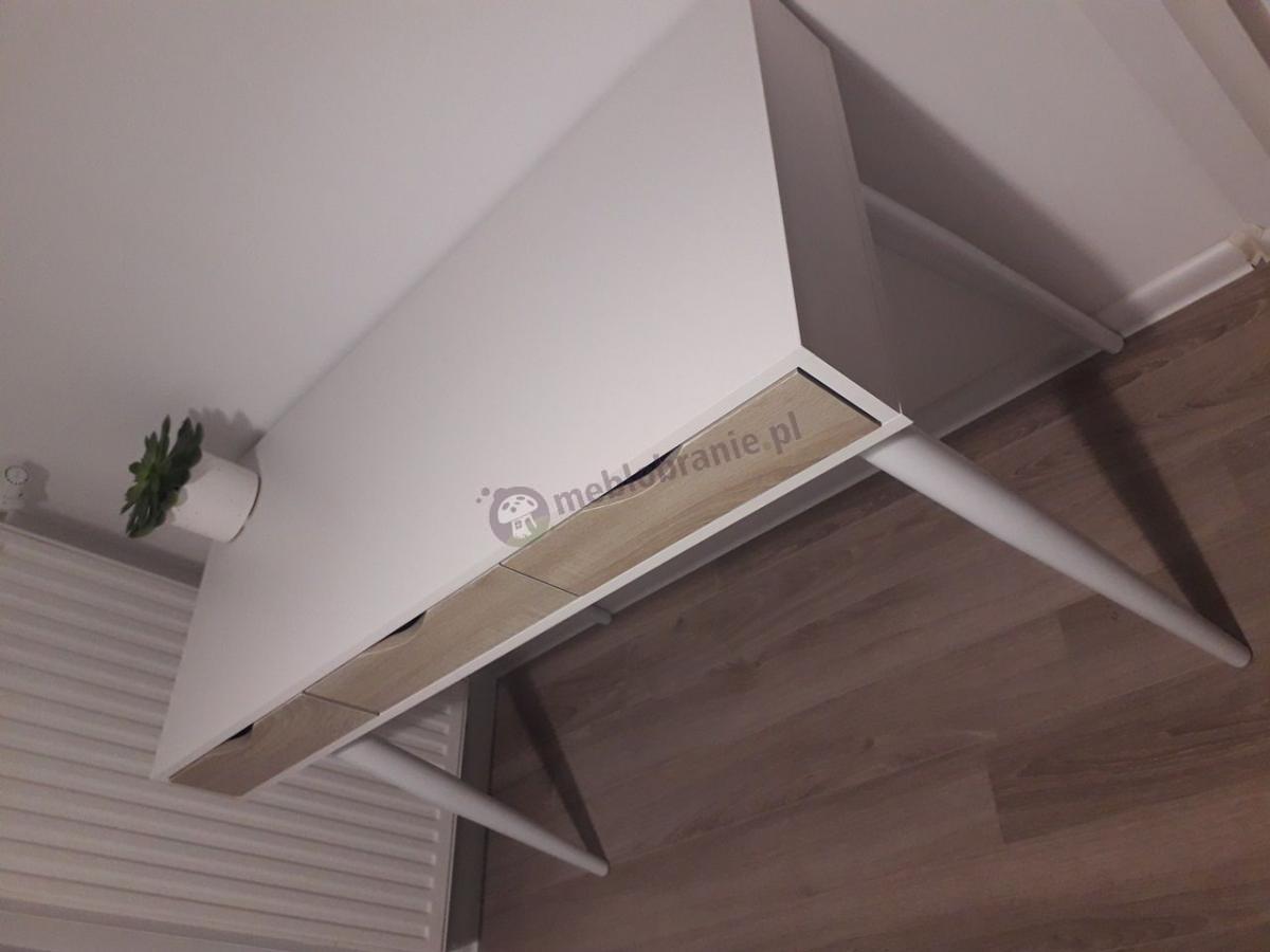 Drewniane biurko z szufladami Actona Neptun białe