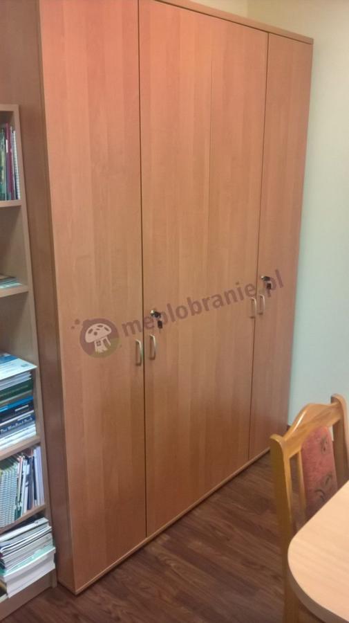 Duża szafa biurowa Svenbox w odcieniu olcha
