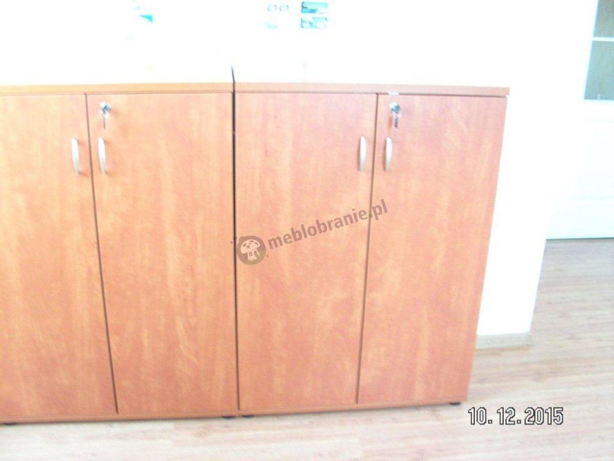 Duże szafy biurowe Svenbox w kolorze calvados
