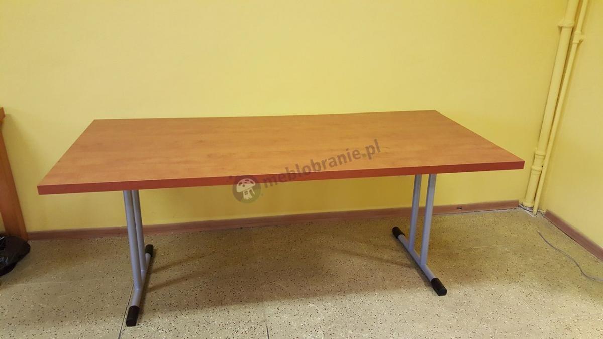 Duży składany stół konferencyjny składany 180x80 w kolorze grusza