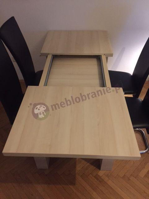 Duży stół rozsuwany na prowadnicach w odcieniu grusza polarna