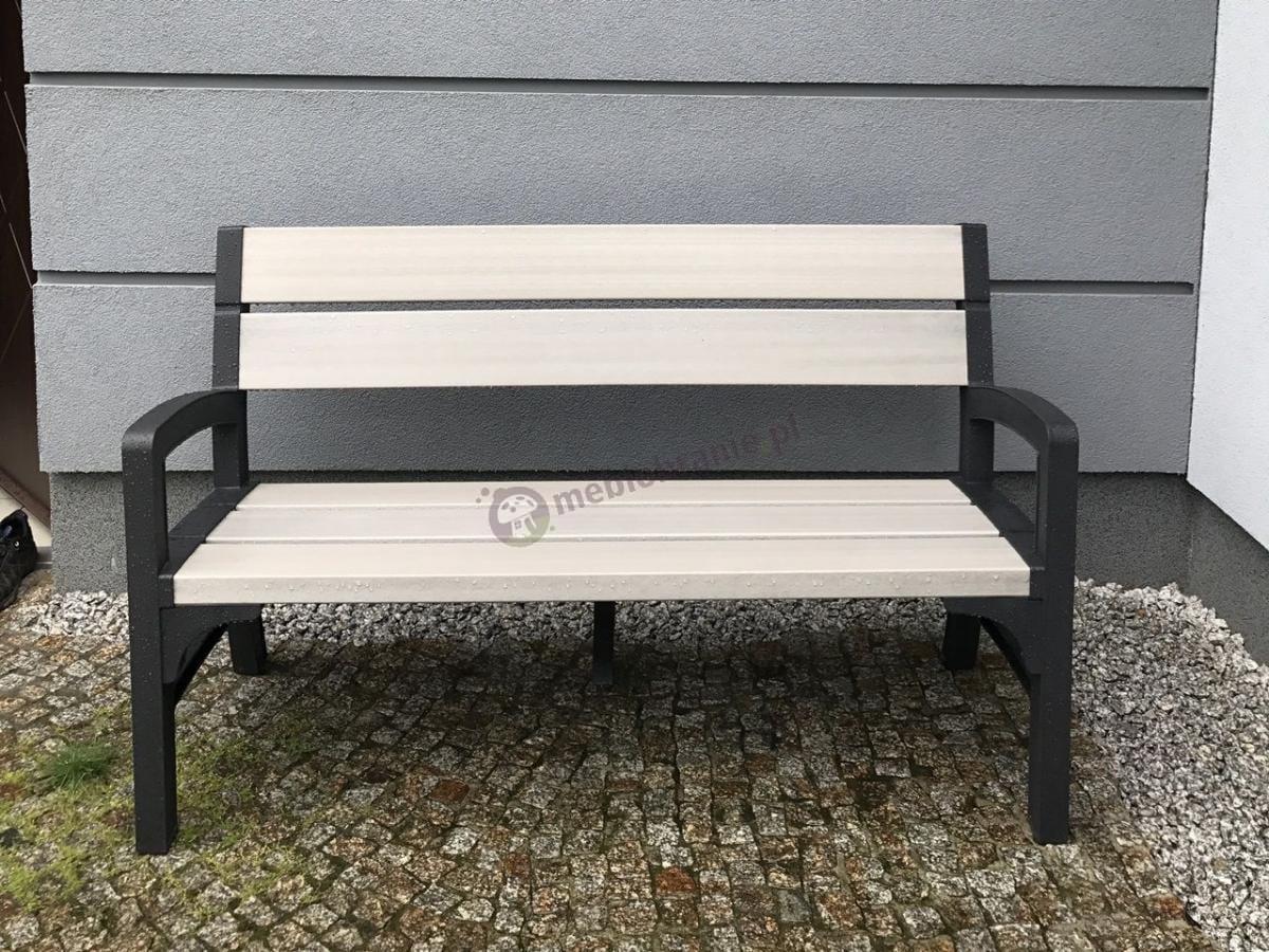 Elegancka ławka ogrodowa z tworzywa sztucznego firmy Keter Montero