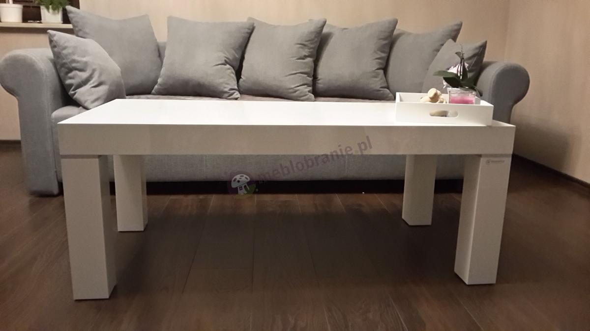 Elegancki salon z białą ławą Monaco