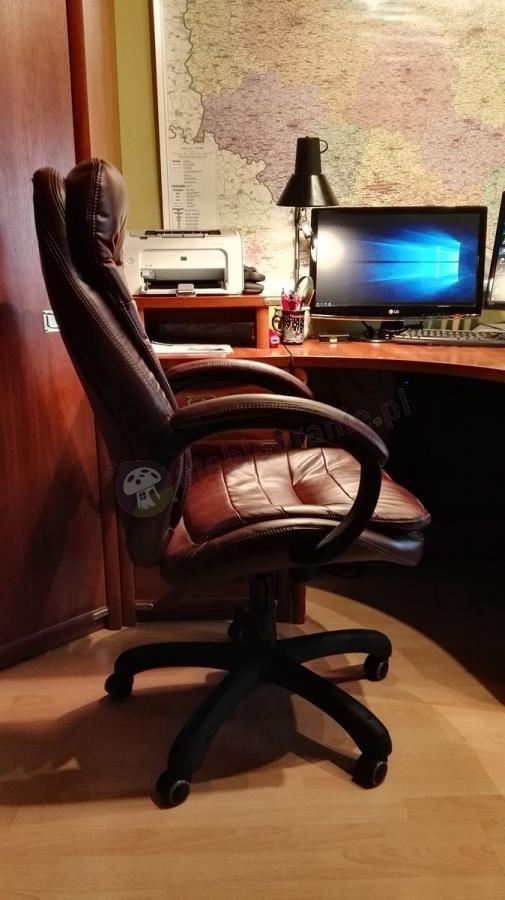 Elegancki skórzany fotel biurowy Malibu Nylon Burgundy