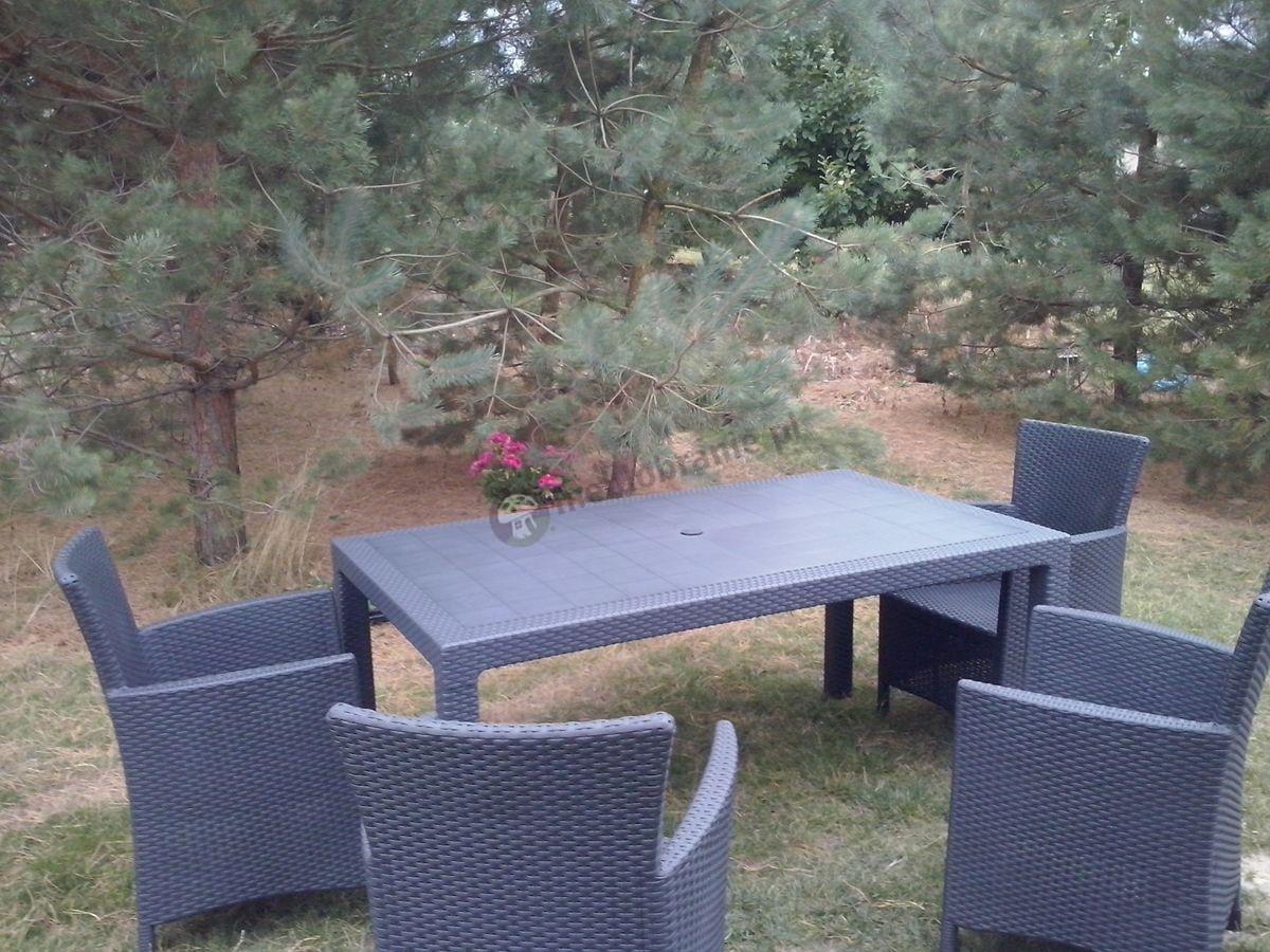 Elegancki zestaw mebli ogrodowych stół i fotele