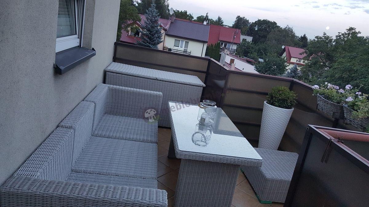 Eleganckie meble balkonowe z technorattanu odporne na wodę
