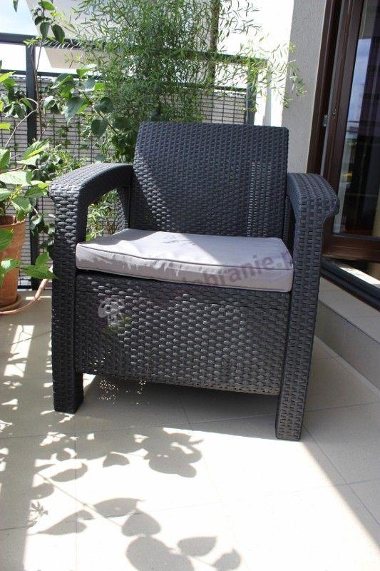 Fotel technorattan Corfu używany na balkonie