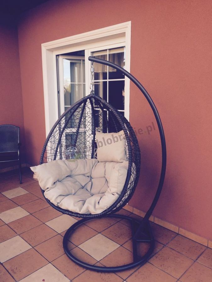 Fotel wiszący na łańcuchu designerski z poduszką Dondolo brązowy