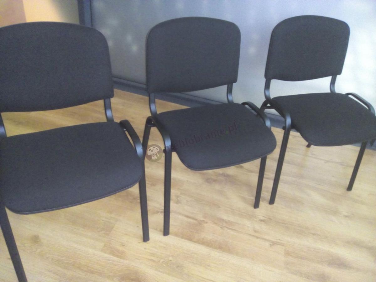 Klasyczne krzesła biurowe ISO z czarną tapicerką