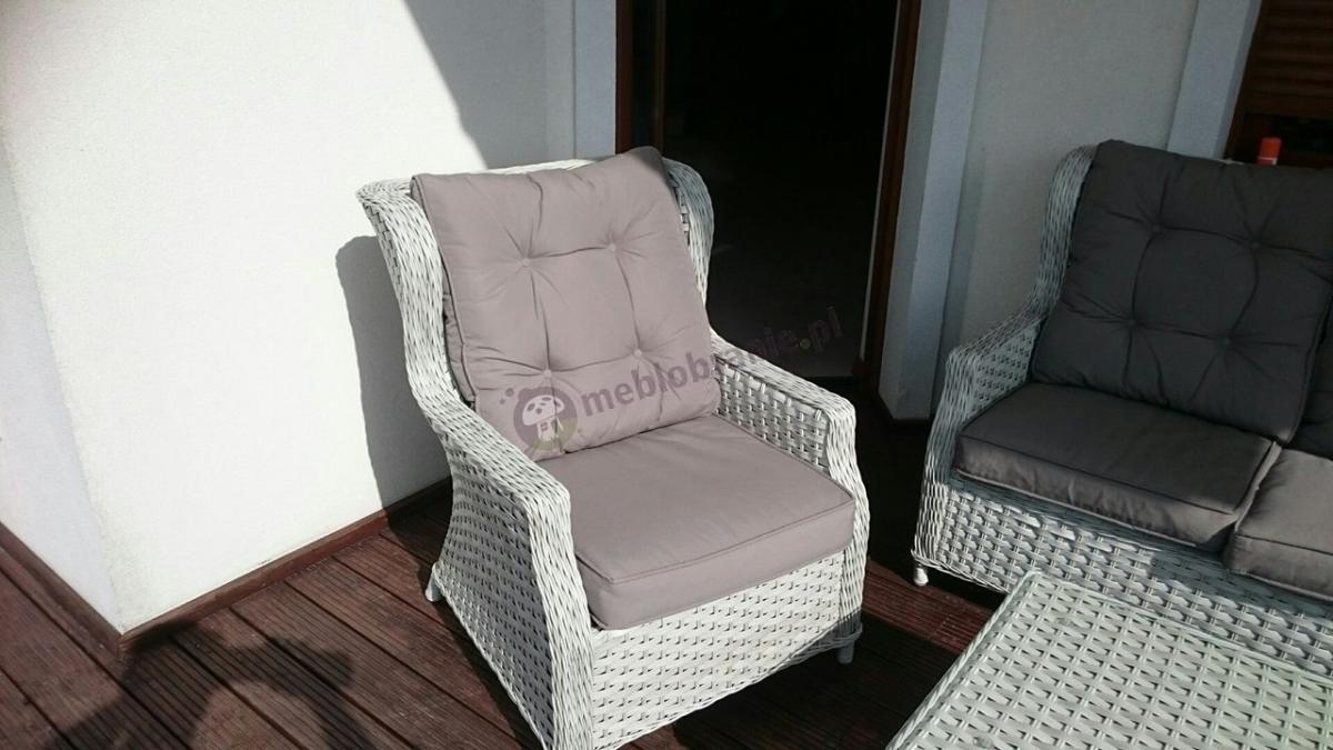 Klasyczny fotel technorattanowy z zestawu Trivento 3 Melange White