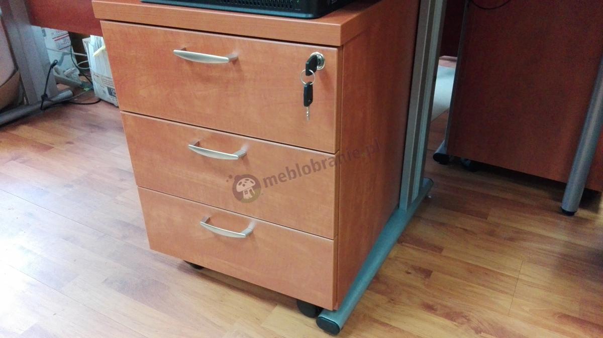 Komoda z trzema szufladami Svenbox KH13 z zamkiem na klucz