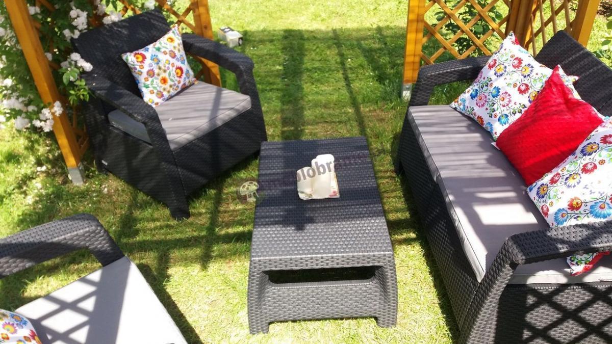 Komplet ogrodowy technorattan efekt Corfu Set z ludowymi poduszkami