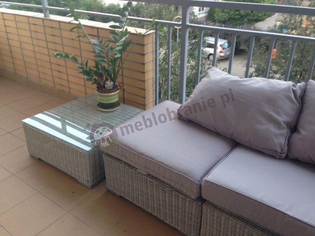 Komplet z technorattanu - narożna sofa modułowa i stolik kryty szkłem