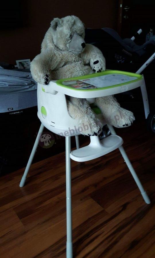 Krzesełko do karmienia 3w1 Keter Multidne z separatorem w uroczej aranżacji