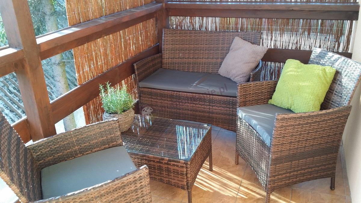 Krzesła ogrodowe z technorattanu sofa i stolik