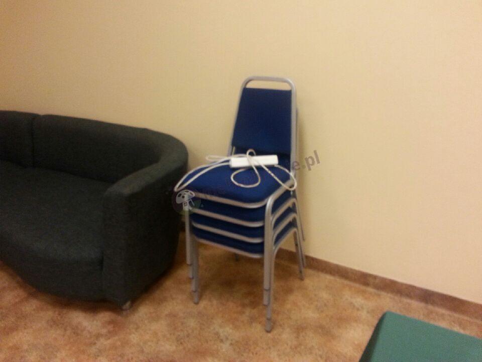 Krzesło bankietowe z tapicerką w odcieniu c-14