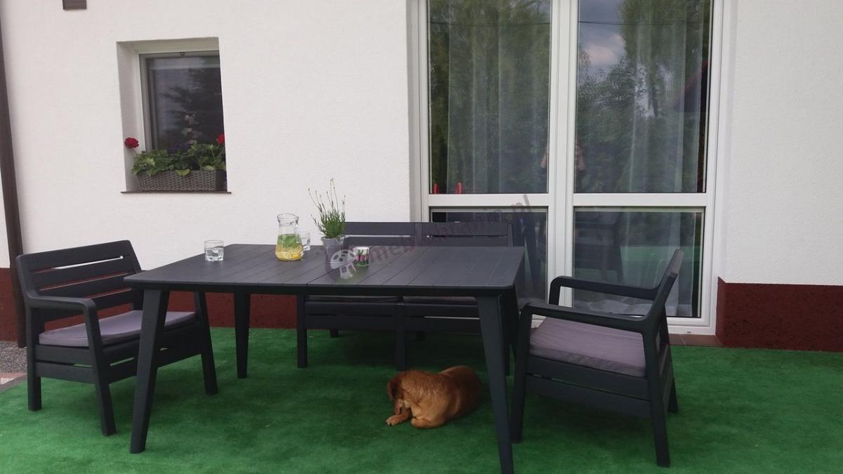 Ładne meble ogrodowe drewnopodobne ze stołem obiadowym De La Fiesta Grafit