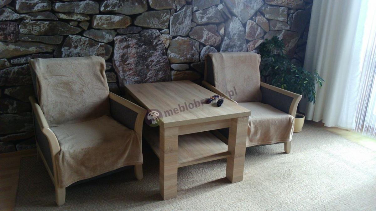 Ława rozkładana na boki Alaska w przytulnym salonie