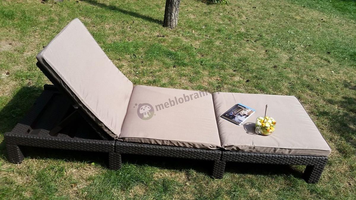 Leżak ogrodowy składany brązowy z poduszką taupe