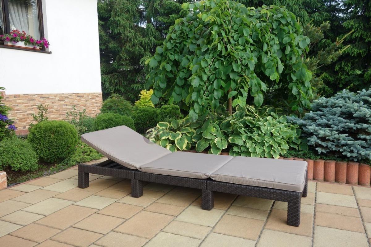 Leżak ogrodowy technorattan look z miękką poduszką