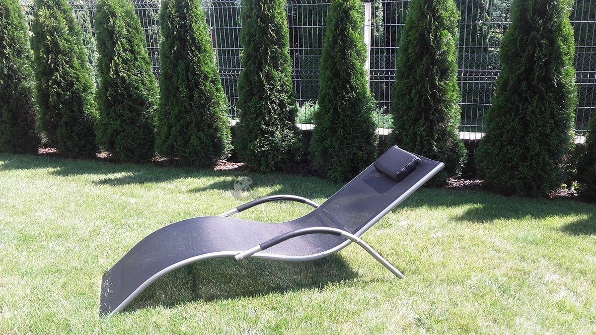 Leżanka ogrodowa aluminiowa w kolorze czarnym