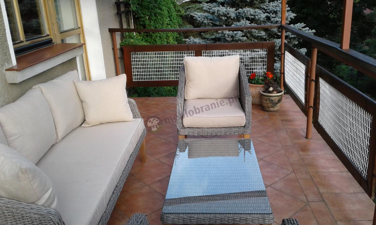 Luksusowe nowoczesne meble na taras z drewnianymi nogami Gambito