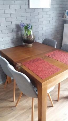 Actona Lif modne krzesła do salonu pikowane jasnoszare