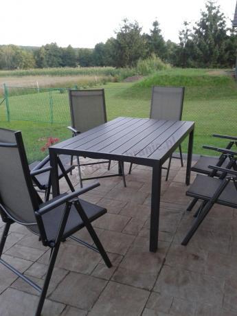 Aluminiowe meble obiadowe do ogrodu czarne
