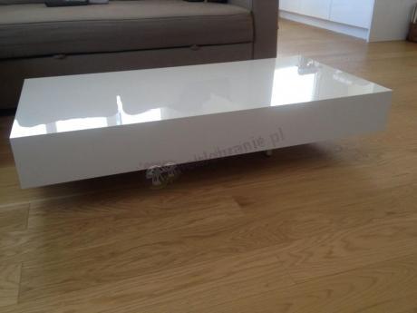 Biały stolik do salonu 120 cm wysokość 25 cm