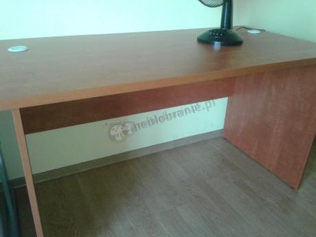 Biurko biurowe Svenbox w odcieniu calvados