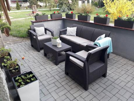 Brązowe meble ogrodowe Allibert Keter Corfu Set Max z poduszkami