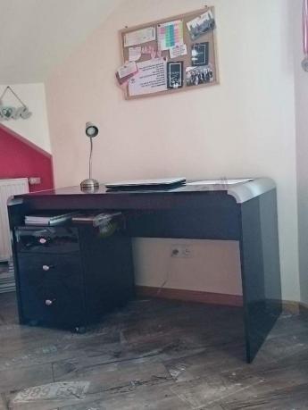Czarne biurko Murano 130 w wysokim połysku z dodatkowym kontenerem