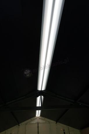 Domek Keter Factor widok panelu doświetlającego umieszczonego w dachu