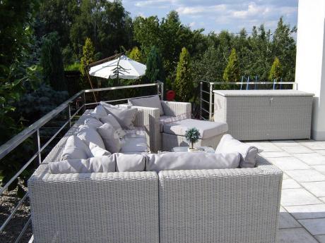 Ekskluzywne meble ogrodowe z technorattanu duży komplet