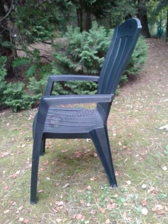 Krzesło ogrodowe z podłokietnikami z tworzywa sztucznego