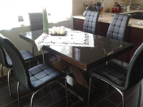 Nowoczesny stół do jadalni brązowy w wysokim połysku