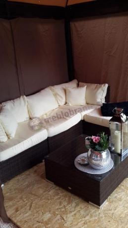Sofa ogrodowa technorattan używana pod namiotem