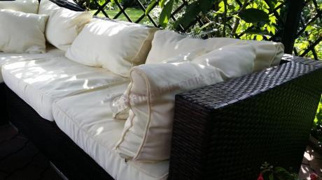 Sofa technoratan modułowa z miękkimi poduszkami
