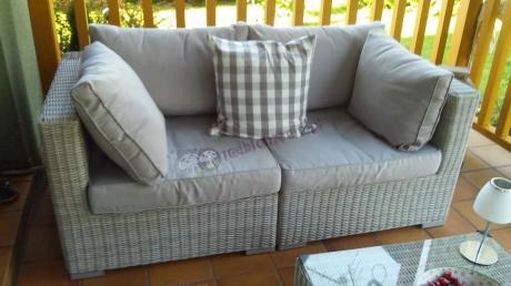 Sofa technorattan jasna uzupełniona oryginalną poduszeczką