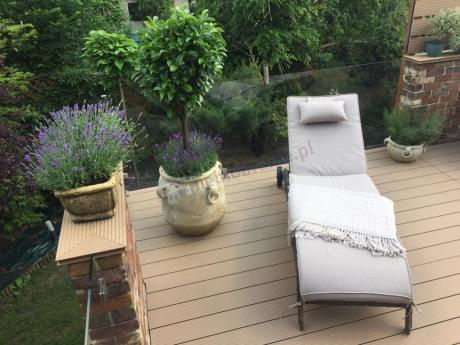 Taras z leżakiem wypoczynkowym ogrodowym na kółkach Altea