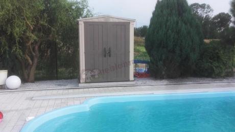 Wodoodporny domek ogrodowy na narzędzia na basenie Keter Factor 6x6