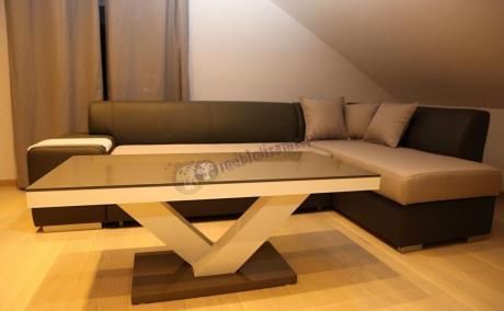 Wysokopołyskowy stolik kawowy idealny do nowoczesnych aranżacji Victoria Mini
